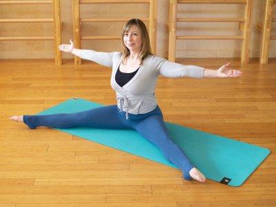 home pilates mat workout saw a
