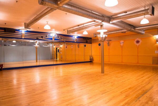 Chakras Yoga Studio